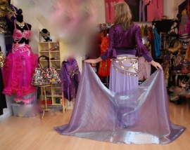 Glimsluier LILA / LICHT PAARS rechthoekig - 187 cm x 110 cm - Veil rectangle LILAC / SOFT PURPLE with glow