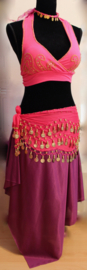 4-delig Haremsetje / Buikdans Oefensetje FUCHSIA GOUD : hoofdbandje, BH-topje, heupgordel + Rok met punten en splitjes  PAARS - one size - Harem costume 4-piece : headband + Bra top FUCHSIA GOLD + coinbelt + 2 slit- 4- points skirt  PURPLE