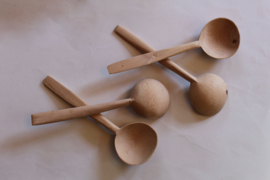 4 Houten lepels voor folkloristischeTurkse lepeldans  - Wooden spoons for Turkish spoon dance