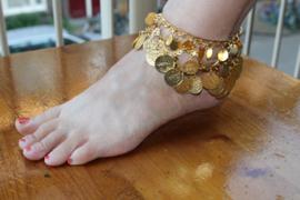 Choker Halssnoer / Enkelbandje de luxe met boogjes en muntjes GOUD kleurig - Choker Necklace / Anklet, arcs and coins decorated GOLD color