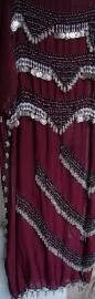 Sarong gordel BORDEAUX ROOD, ZILVER, ZWART met haakwerk, kralen en muntjes -XL, XXL, XLong - Sarong-bellydance-belt  WINERED / BURGUNDY, SILVER, BLACK