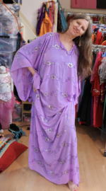 Khaleegy jurk LILA PAARS - Khaleegi  khaliji abaya, dress LILAC PURPLE, SILVER sequins decorated