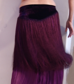 Franjegordel met satijnen franjes AUBERGINE / PAARS Stretch fluweel - M, L, XL, XXL -  Velvet fringebelt with satin fringe PURPLE / PLUM COLOR