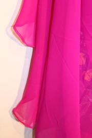 Sluier FUCHSIA half doorzichtig, halfrond mousseline chiffon -260 cm x 110 cm  - Veil half circle, FUCHSIA PINK semi transparent mousseline chiffon
