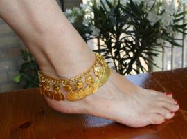 Enkelbandje / Armband GOUD kleurig met 1 rij muntjes - Anklet / Bracelet GOLD colored with one row of coins