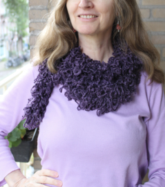 Gehaakte, lussen 'sjaal' PAARS met zilveren glitterdraad - 150-160 cm - Braided shawl PURPLE, with SILVER thread