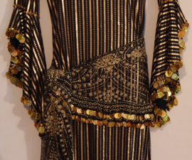 3-delige set : Saidi / Baladi jurk ZWART GOUD gestreept + heupsjaal met muntjes en glinsters + hoofdband- one size - 3-piece : baladi /saidi dress BLACK GOLD striped + glitter coins hipscarf + headband