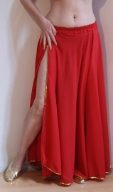 Chiffon rok ROOD, 1 split, volledig afgeboord met GOUDEN / ZILVEREN pailletten - one size - High slit RED chiffon skirt GOLDEN / SILVER sequin rimmed
