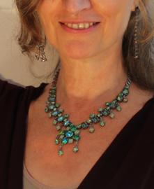 2-delige set : Strass Halssnoer  AQUA + Armband : waterkleuren nuances van GROEN, TURQUOISE, ZACHTGROEN - 2-piece set : Necklace + Bracelet Strass Watercolors GREEN, SHADES OF GREEN, TURQUOISE