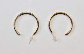 Oorringen GOUD kleurig - diameter 3 cm - Earrings GOLD color