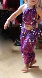 Glitter Buikdanskostuum meisje / jongen 3-delig PAARS ZILVER : topje, hoofdband /diadeem en HAREMBROEK - 8-12 jaar - 8-12 years old 3-piece Glitter bellydance costume girl / boy : top + headband / tiara + harempants PURPLE SILVER