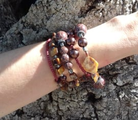 Spiraal armband Ibiza stijl BRUIN TINTEN, ZILVER kleur  - Spiral Beaded bracelet Ibiza fashion style SHADES OF BROWN, SILVER color