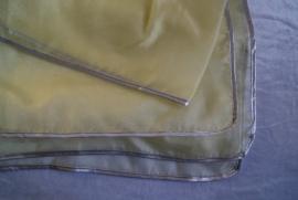 Sluier rechthoekig zachtgeel organza afgeboord met goudband OF zilverband - Veil rectangle gold or silver rimmed