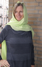 Dupatta, lange smalle  rechthoekige chiffon sjaal LIME GROEN - 54 cm x 225 cm - Dupatta, long chiffon shawl LIME GREEN rectangle