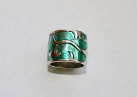 Brede ring GROEN met ZILVER kleur - 55/56  - diameter 17,50 17,75 mm -