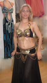 Tribal fusion buikdans kostuum 2-delig : BH + heupgordel in ZWART GOUD - 36/38 Small/Medium - 2-piece Tribal Fusion bellydance costume : Bra + hipbelt, BLACK GOLD