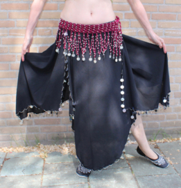 Gehaakte slierten gordel  BORDEAUX  met ZILVEREN kralen en ZILVEREN munten versiering - XL XXL - Crocheted hipbelt WINERED / DARK RED, cotton for bellydance , SILVER beaded and decorated with SILVER coins