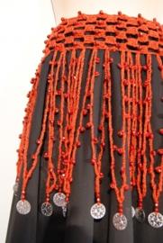 Gehaakte slierten kralengordel steen ROOD ZILVER -  L, XL, LARGE, Extra Large - Crocheted hipbelt RED, SILVER coins decorated