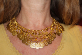 Boogjes halssnoer nr2 met muntjes GOUD kleurig - Extra Large nr2 - Coins necklace GOLD color with bows nr2