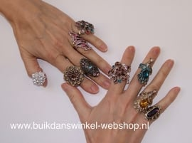 "Ring met glinstersteentjes ""Rozet 1 "" multicolor - one size - Ring with glittering stones "" Rozet 1"""