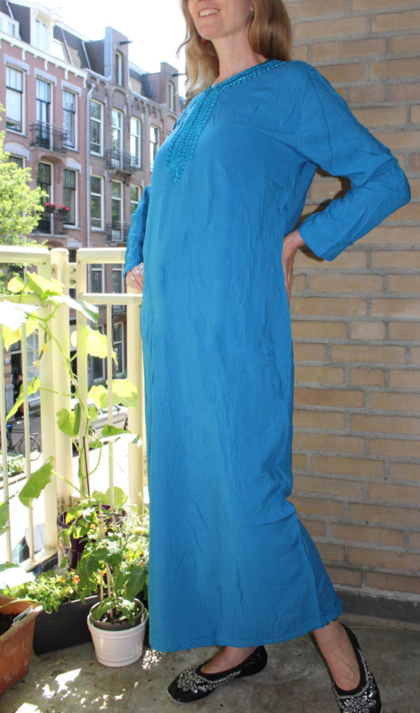 Hijab, Galabeyia, Lange losse jurk orientaalse stijl TURQUOISE BLAUW met BLAUW band aan hals - one size - TURQUOISE BLUE hijab Galabyya, oriental overdress, BLUE band rimmed