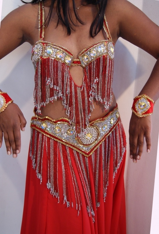 Kompleet Buikdanskostuum crystal collection ROOD, ZILVER, GOUD, STRASS, S, M - Crystal Circle 3A - Complete 7-pce Bellydance costume Crystal Collection RED, SILVER, GOLD, STRASS diamanté, Small Medium