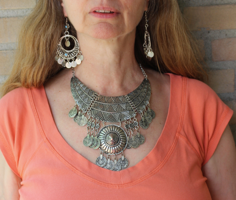 Muntjes halssnoer met halve maan ZILVER kleurig Bohemian Tribal - Necklace Boho3 - Coins necklace Crescent moon Boho Tribal SILVER Color