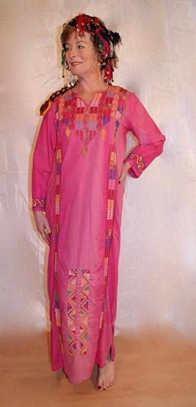 Originele Bedoeïnen jurk  met kruissteek uit Egypte bicolor ROSE ROZE - Badou Thobe - Authentic Bedouin Thobe Egypt gradient PINK dress