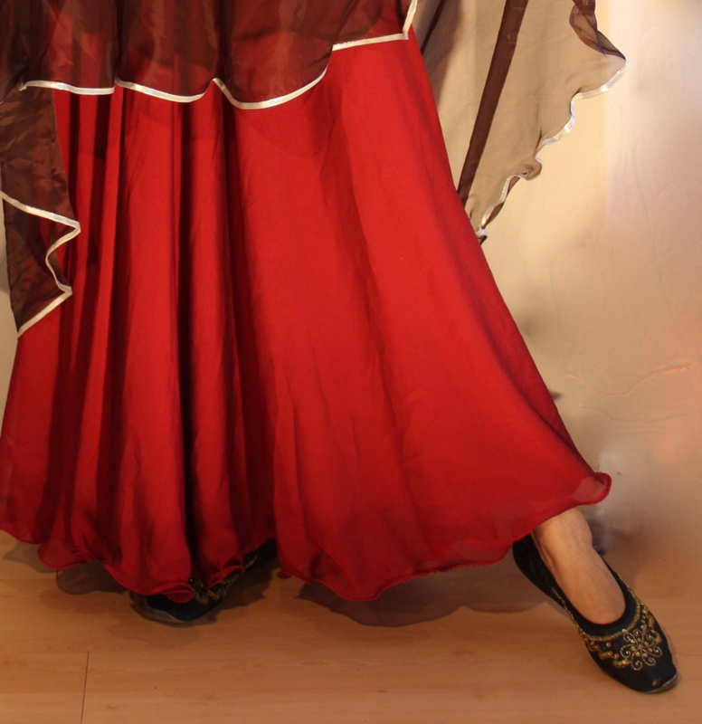 2-lagen rok met golvende zoom BORDEAUX / DONKER ROOD - S, M, L- 2 layer skirt DEEP RED / WINERED