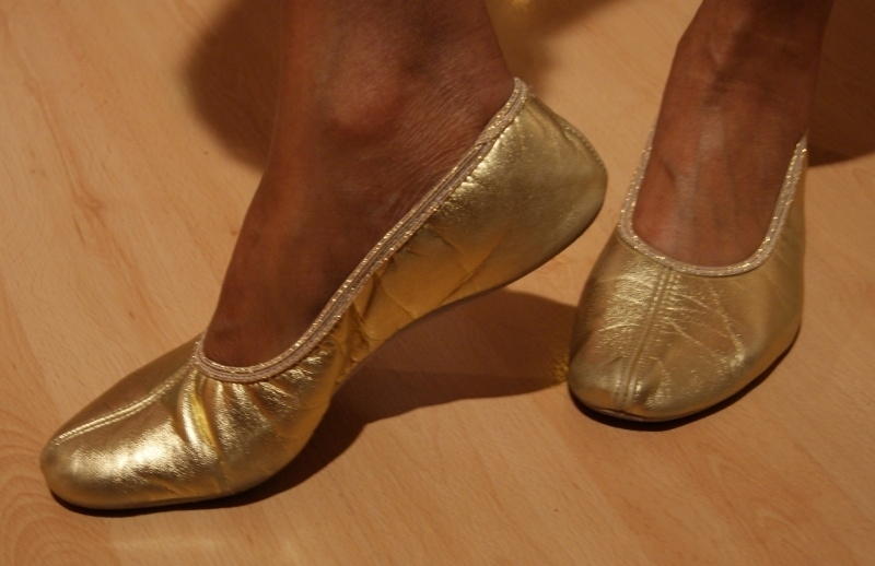 Buikdans schoentjes GOUD, lederen zool - Bellydance shoes GOLD, leather sole