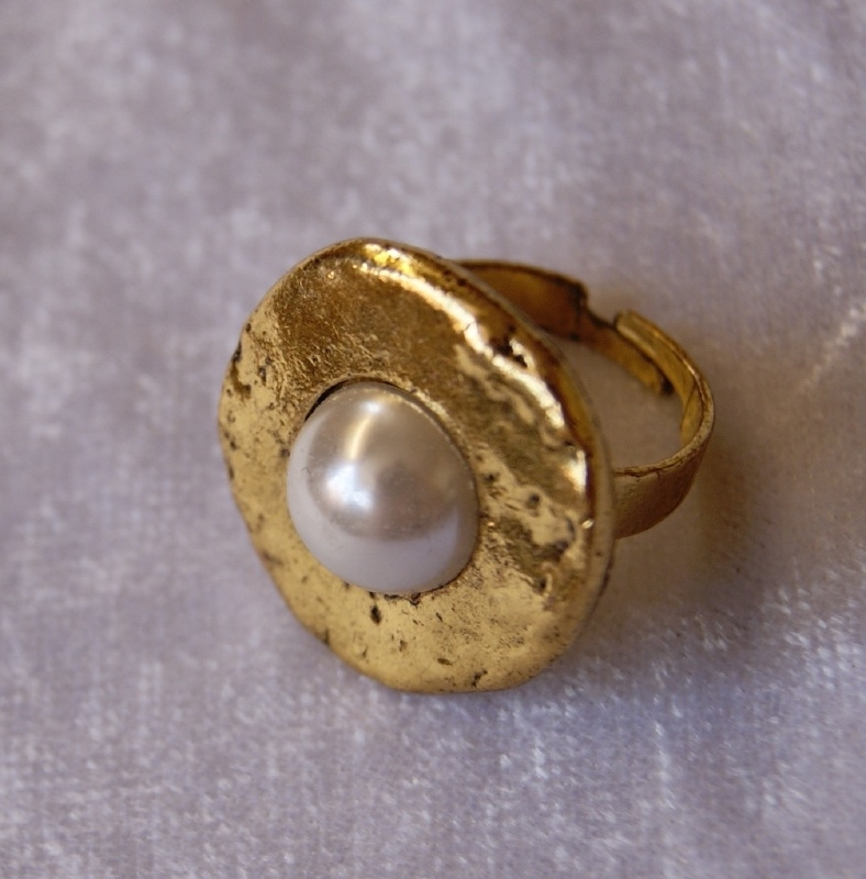 Ring met parel GOUD kleurig - one size - Ring with pearl GOLD color