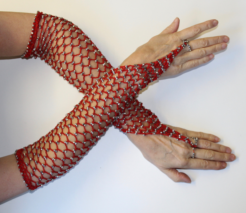 Handschoenen gehaakt ROOD met ZILVEREN kralen - H2 Silver Small/Medium - Small Medium - Crocheted beaded gloves RED SILVER