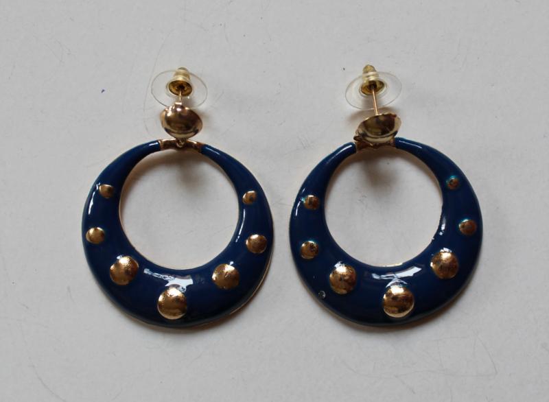 "Oorbellen ""Sterren Hemel"" DONKER BLAUWE ring met GOUDEN stippen - Earrings ""Starry Night"" DARK BLUE ring, with GOLDEN dots"