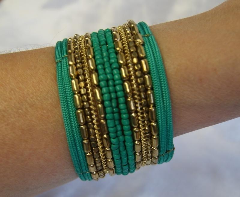 Flexibele Kraaltjes armband Ibiza stijl GOUD GROEN - Flexible Beaded bracelet Ibiza fashion style GOLD GREEN