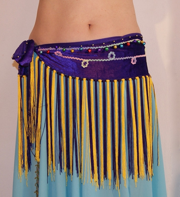 Franjegordel PAARS fluweel met GEEL en PAARSE FRANJES, band en belletjes - Esmeralda belt - Fringe belt PURPLE velvet with YELLOW and PURPLE fringe, band and little bells
