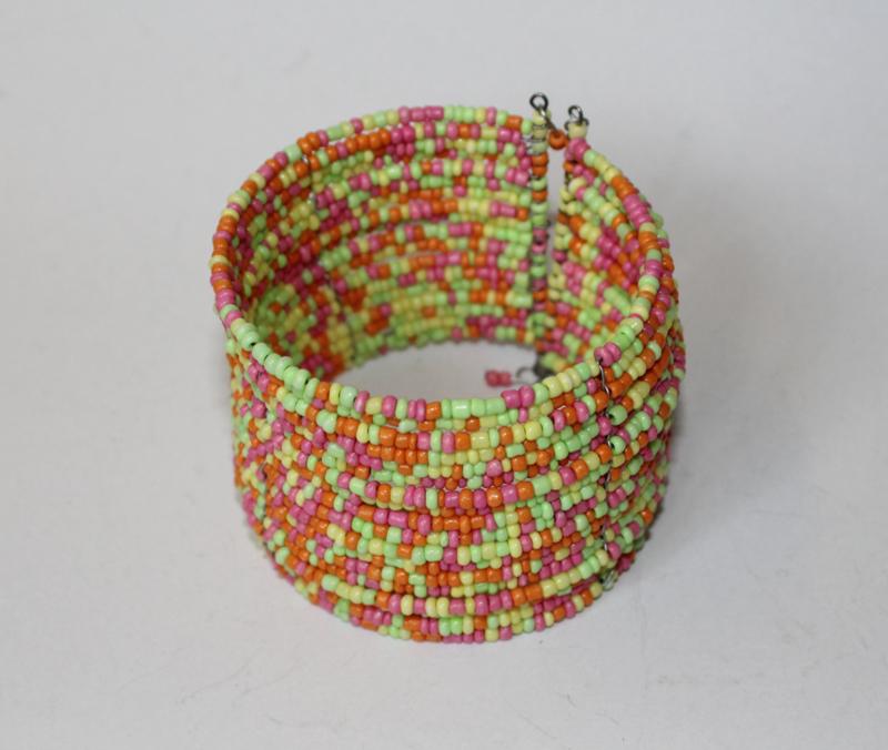 Flexibele Kraaltjes armband Ibiza stijl LICHT GROEN, FUCHSIA, ORANJE - Flexible Beaded bracelet Ibiza fashion style BRIGHT GREEN, ORANGE, FUCHSIA BRIGHT PINK