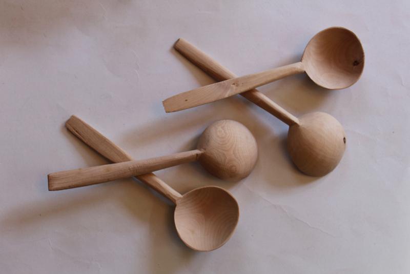 4 Houten lepels voor folkloristischeTurkse lepeldans  - Wooden spoons for Turkish spoon dance