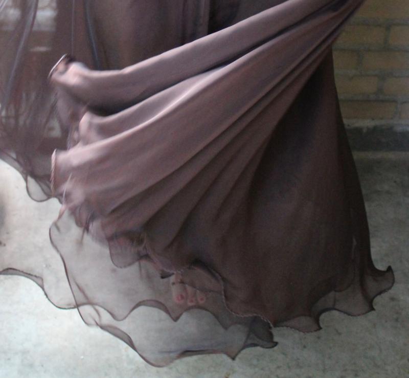2-lagen rok met golvende zoom DONKER BRUIN - S, M, L -  2 layer skirt DARK BROWN