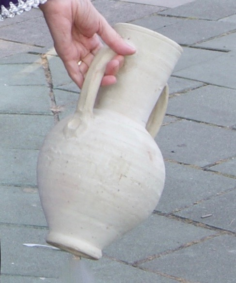 Kruik aardewerk voor kruikendans - 32 cm high, 20 cm diameter - Jug /  pottery for dance with jug Egypt