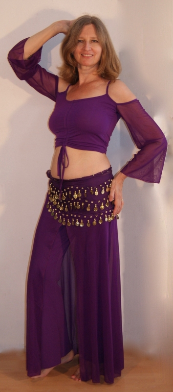 3-delige VOORDEEL oefenset : stretch PAARSE oefenbroek/rok + bijpassend stretch topje met verstelbare hoogte en voile mouwtjes + basic heupgordel PAARS GOUD - one size - 3-piece rehearsal costume : PURPLE stretch pants with overlayer + crop top + hipbelt