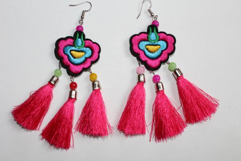 Lichtgewicht Boho hippie chic oorbellen met 3 kwasten FUCHSIA TURQUOISE - Lightweight Bohemian hippie chick 3-Tassel earrings FUCHSIA TURQUOISE
