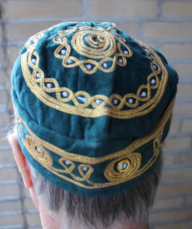 Rond hoofddeksel voor heren ZEE GROEN met gouden borduursel - Round Hat head gear for men Arabian Oriental SEA GREEN