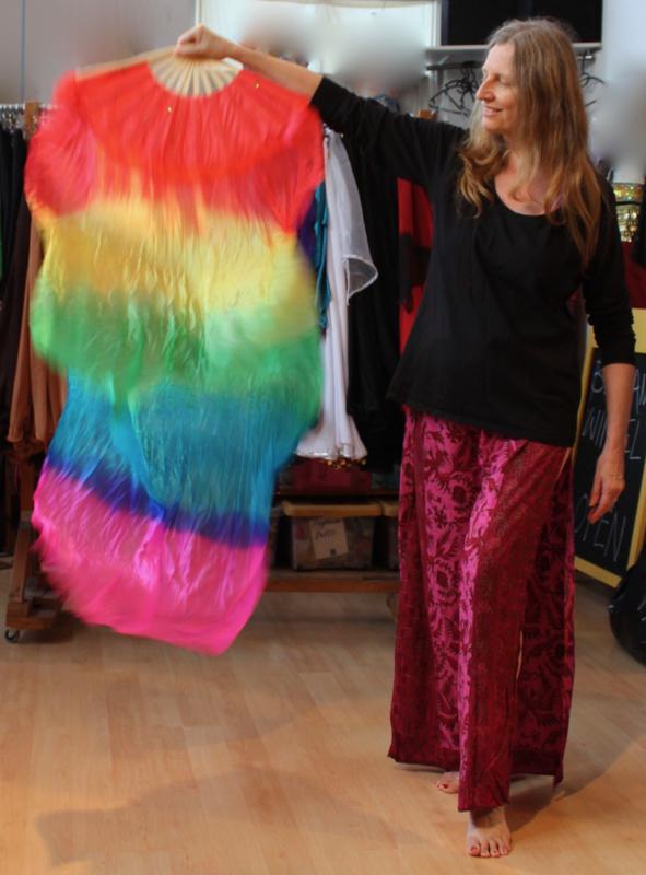 1 Sluier waaier Regenboog kleuren - 1 Fanveil Rainbow colors