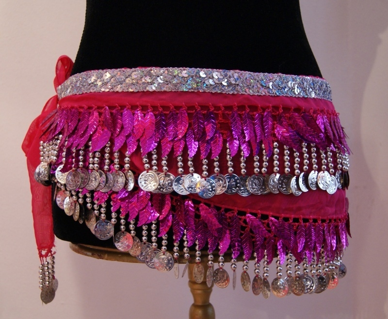 Buikdansgordel blaadjes FUCHSIA ZILVER - GB1 - Bellydance hipscarf with leaves and coins FUCHSIA BRIGHT PINK SILVER