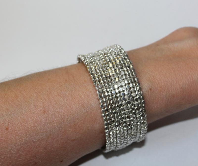 "1 Flexibele Kraaltjes armband ""Ibiza chique"" stijl Faraonisch ZILVER kleur - 1 Flexible Beaded bracelet Ibiza fashion style Pharaonic SILVER color"