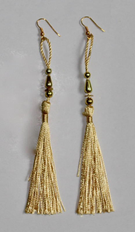 Lichtgewicht kwasten Oorbellen GOUDGEEL met GOUD - Extra Long - Leightweight tassel Earrings with GOLDEN YELLOW and GOLD