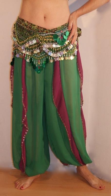 Harembroek GROEN chiffon met PURPER PAARSE inzetjes, versierd met ZILVEREN kralen en pailletten - one size - Harempants GREEN chiffon with PURPLE inlay,  SILVER beads and sequin rimmed