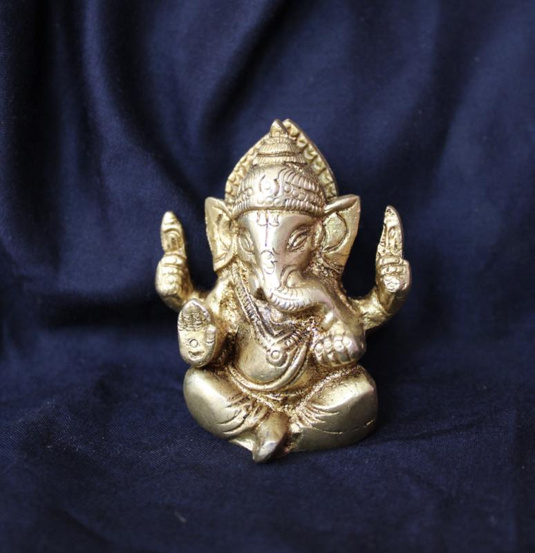 Ganesha Hindoe godheid beeldje GOUD kleurig - 7,5 cm - Ganesha Hindu statue elephant deity GOLDEN