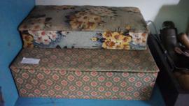 Oude stoffen doos