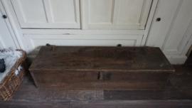 Supergave kist( lengte 106.5 x 30 x 24.5 cm)